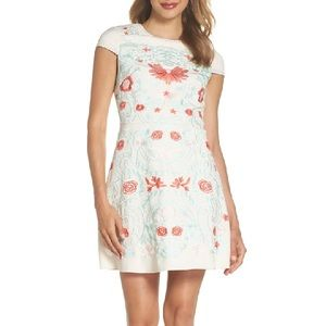 Foxiedox Sierra Embroidered Dress Small NEW